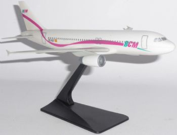 Airbus A320 BCM Airlines Spain PPC Desktop Collectors Model Scale 1:200 J5E